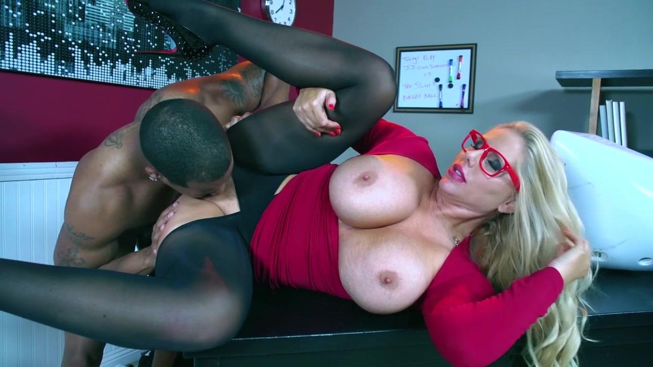 Real amateur slut wife swinger mom