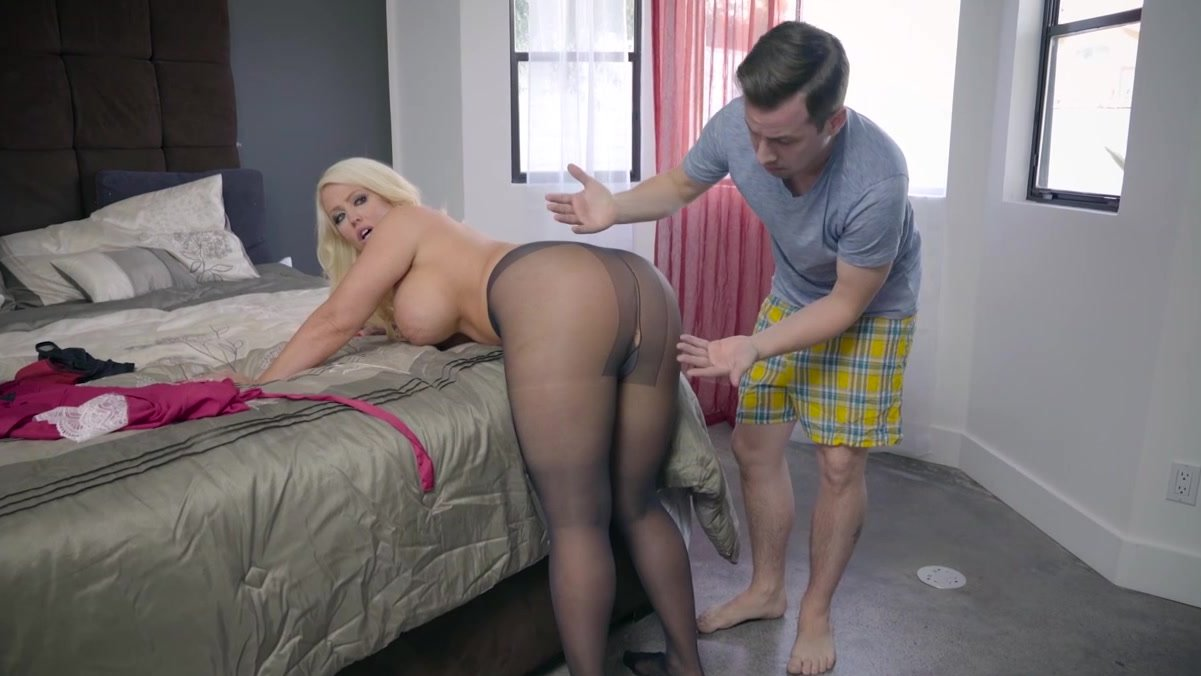 Step Son Blows Load All Over Step Mom After She Gets Fucked Rough Porn